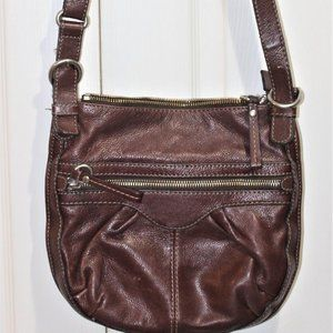 GUC LADIES LEATHER FOSSIL PURSE - DARK BROWN.
